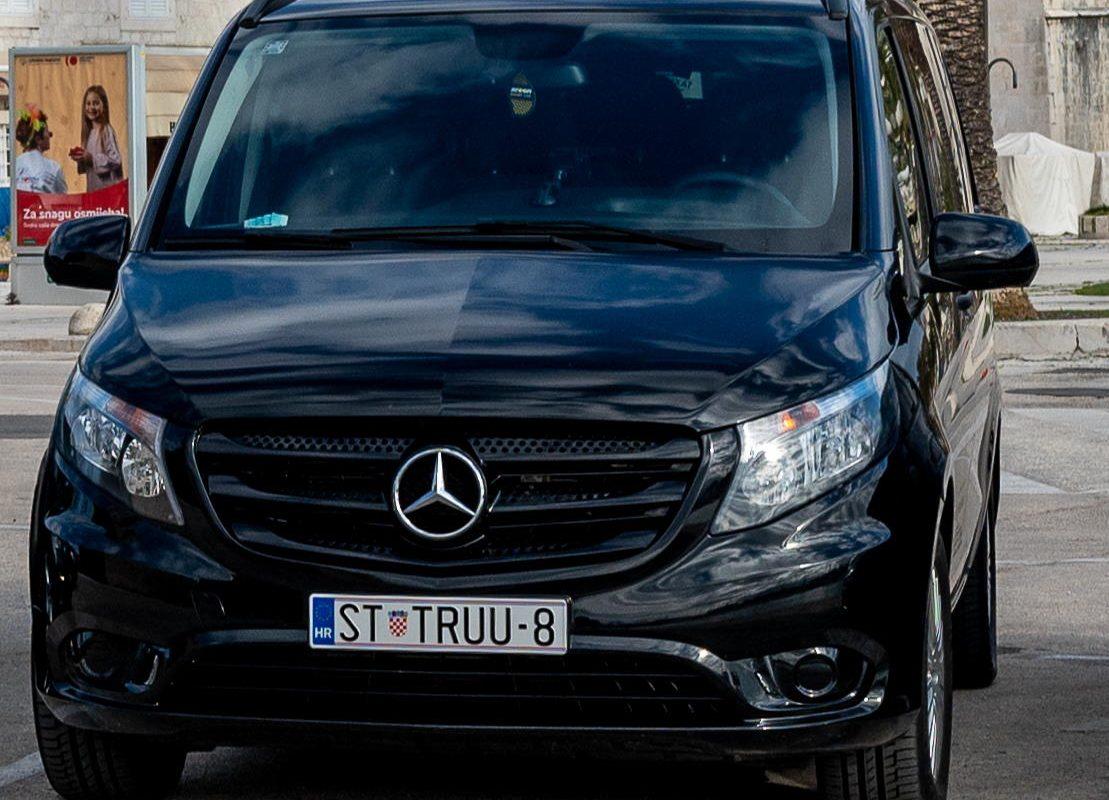 Mercedes V-Class taxi trogir